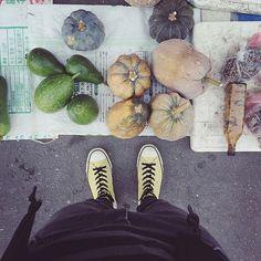 . morning, almost the Halloween:-D))) ❤️ . #market #morningmarket #earlymarket #pumpkin #S_S_magiccarpet