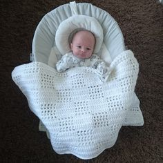 You cannot (or better you should not) use anything to cover your baby while s/he is sleeping before one year old, because of the security reasons. Crochet Baby Blanket Free Pattern, Baby Afghan Crochet, Manta Crochet, Free Crochet, Double Crochet Baby Blanket, Basic Crochet Stitches, Crochet Basics, Baby Patterns, Crochet Patterns
