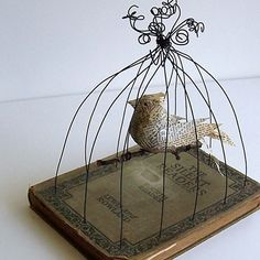 Bird in Bird Cage Vintage Book Mixed Media Silent Reader from GatheredTogether Book Crafts, Paper Crafts, Art Fil, Bird Cages, Bird Nests, Paperclay, Assemblage Art, Wire Art, Book Pages