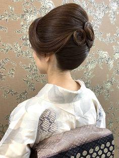 Korean Hairstyles Women, Redhead Hairstyles, Asian Men Hairstyle, Vintage Hairstyles, Bun Hairstyles, Wedding Hairstyles, Japanese Hairstyles, Updo Styles, Hair Styles