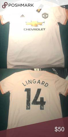 Adidas Manchester United Lingard jersey size M Brand new Adidas Manchester  United Jesse Lingard jersey size 9b07a27f9