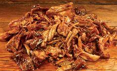 Dit recept van pulled pork zit zo vol van smaak dat er een MMMM geluid uit je keel opstijgt.