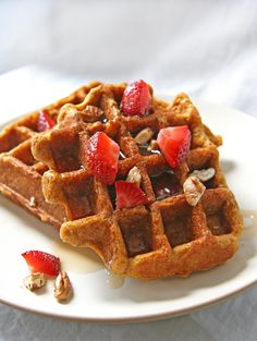 Quinoa Waffles: 1/4 C quinoa flour; 1/4 C quinoa flakes; 1 t ground flax; 1 t chia seeds (optional); 1/2 t baking soda; 1 t GF baking powder; 1/8 to 1/4 tsp sea salt; 1/2 packet stevia; 1/4 t ground cinnamon; 2 t coconut oil, in liquid form (could also substitute or other oil); 2 egg whites or 1 large egg, well beaten (or sub flax egg) ~CHAI gel~ ; 1/2 t GF vanilla extract; 1/4 C canned pumpkin;  1/4 C unsweetened coconut milk in a carton (or almond milk) ~PHASE 3~
