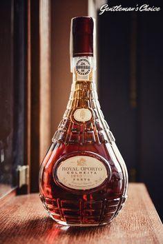 Czy wybierając wino powinniśmy kierować się jego wiekiem?  wine/ old wine/ nice bottle/ elegant bottle/