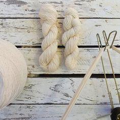 Hilado de algodón orgánico. Fibras naturales *** Organic cotton yarn. Natural Fibres. #SlowTextileConcept #Tinctórea