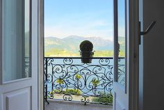 A crisp and surprising re-imagination of a historic apartment, this studio has cool contemporary style along some of the most amazingly pristine views of Lake Como. It's an exhilarating combo.