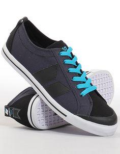 Macbeth Eliot Vegan canvas shoe