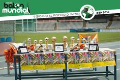 Countdown #BM2016, foto delle premiazioni di Balon Mundial 2015  http://www.balonmundial.it/  Balon Mundial utilizza il calcio come strumento di incontro tra le diverse culture e usa il linguaggio universale dello sport per lottare contro ogni tipo di discriminazione.  #BalonMundial  #uniticontroilrazzismo #mettiingiocoledifferenze