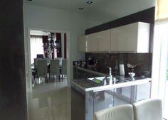 . Keuken model Porto  Hoogglans greeploos in 64 verschillende kleuren, 10 mm. marmer steen  #interieur & #keukens