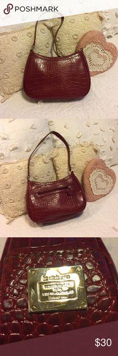 Liz Claiborne purse Liz Claiborne shoulder bag NWOT. Inside has 3 sections including credit card and cell phone holder. Front zip pocket and inside zip pocket. Beautiful red. Liz Claiborne Bags Shoulder Bags