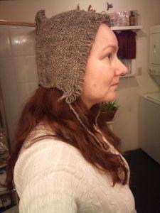 inspired by Bredmose Arden språng hair net Viking Garb, Viking Clothing, Hair Nets, Plait, Sheep, Winter Hats, Weaving, Bronze Age, Spring