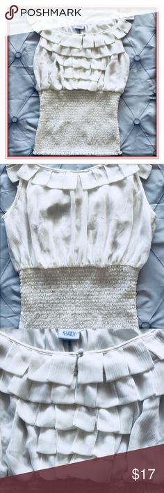 White Sleeveless Top Perfect for any occasion. An off-white color sleeveless top. From Suzy Suzy Shier. Size M in VGUC Suzy Shier Tops