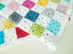 Crochet baby blanket pattern PDF - English and Dutch pattern available
