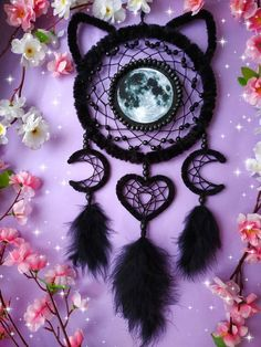 How beautiful is this moon cat dream catcher? 🌕🐱 Imagine sleeping under this! 💜 Tag someone who would love it toi 😍 art and pic by… Moon Dreamcatcher, Crochet Dreamcatcher, Dreamcatchers, Dream Catcher Decor, Making Dream Catchers, Dream Catcher Patterns, Dream Catcher Tutorial, Beautiful Dream Catchers, Craft Projects