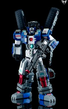Perfect Effect - Warden (IDW Fortress Maximus)