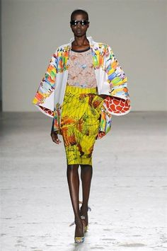 Stella Jean at Milan Fashion Week Spring 2015 - Runway Photos African Inspired Fashion, African Print Fashion, Ethnic Fashion, Fashion Prints, Stella Jean, Fashion Week, Fashion Show, Milan Fashion, Women's Fashion