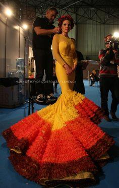 ÁFRICA – Rosapeula   Moda Flamenca por Elena Rivera vía Mamá de Mayor Quiero Ser Flamenca.