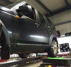 Land Rover gets re-aligned Wheel Alignment, Edinburgh, Centre, Car Seats, 3d