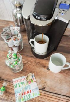 This holiday season, offer guests a Starbucks peppermint mocha caffe latte that can be made in a Keurig! Pair it with some Lindt chocolates, too. Starbucks Peppermint Mocha, Opening A Coffee Shop, Lindt Chocolate, Coffee Tasting, Infused Water, Keurig, Food And Drink, Easy Meals, Dishes