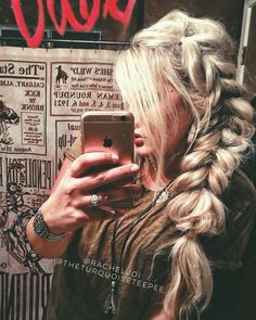 Hair by @racheljoi Country Hairstyles, Boho Hairstyles For Long Hair, Pretty Hairstyles, Western Hair Styles, Concert Hairstyles, Hippie Hair, Edgy Hair, Hair Inspiration, Hair Inspo