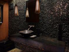 black texture wc
