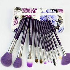 Retro flowers makeup brush set