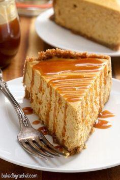 Spiced pumpkin cheesecake with homemade caramel sauce recipe from  @bakedbyrachel A classic Fall dessert!