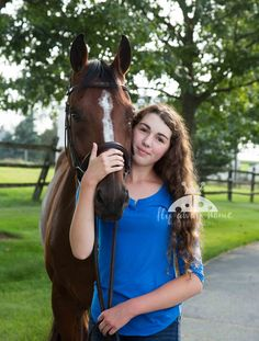 Girl and her horse = love Passion Pictures, Horse World, 13 Year Olds, Horse Photography, Horse Love, Equestrian, Wildlife, Teen, Horses