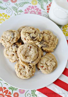 A yummy twist on a classic chocolate chip recipe - caramel and crunch make these cookies all the better.   | Thirty Handmade Days