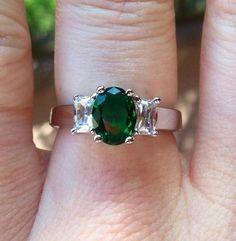 JewelScent Candles, Soaps & Aroma Beads www.jewelscent.com/candlecrzymama