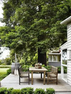 Outdoor dining delight!