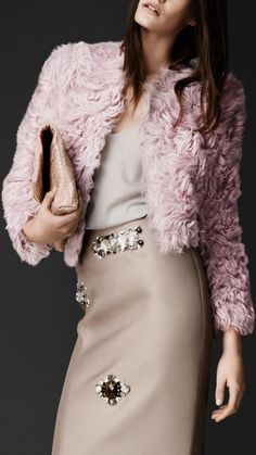 Burberry Prorsum Brushed Shearling Jacket and leather skirt Fashion Details, Look Fashion, High Fashion, Fashion Beauty, Luxury Fashion, Womens Fashion, Winter Fashion, Moda Chic, Burberry Jacket