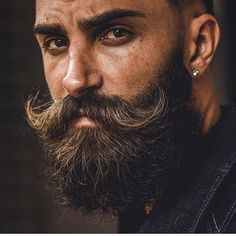 Ever had a question how to grow a beard or how to grow a beard faster? The personality of a modern man is not complete till he grows an awesome beard, beard growth has recently been a hot topic and… Continue Reading → Beard And Mustache Styles, Beard Styles For Men, Beard No Mustache, Hair And Beard Styles, Great Beards, Awesome Beards, Handlebar Mustache, Beard Model, Long Beards