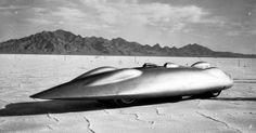 Si la Railton Special est installée tranquillement au bord de la limite des 600km/h, une concurrence féroce se prépare avec la Mercedes T80 soutenue par le régime nazi. Cette dernière est mise au banc d'essai le 12 Octobre 1939 et les tentatives de records sont programmées pour l'année 1940. La guerre éclate et ruine l'idée d'une confrontation, la Railton Spécial est remisée, tout comme la Mercedes T80.