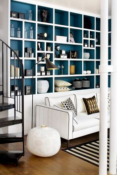 Bookshelves Decorating Ideas for Living Room Book Shelf Decorating Idea & Tip Bookshelves Decorating Ideas for Living Room. If you have bookshelves in your home, and lots of books, you've… Home And Living, Furniture, Shelves, Living Room Designs, Shelving, Interior Design, Home Decor, House Interior, Room