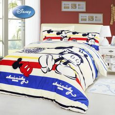 Comforter sets from PorticoIndia: Stylish blanket set with pillow covers, in a range of contemporary & classy designs. Shop for comforters sets online now! Bedroom Themes, Kids Bedroom, Bedroom Ideas, Mickey Mouse Bedroom, Disney Bedding, Classic Mickey Mouse, Dreams Beds, Bed Cushions, Disney Home Decor