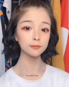 Pin by 구성하다 on 구성하다 in 2019 Nude Makeup, Skin Makeup, Makeup Art, Makeup Style, Makeup Eyeshadow, Korean Makeup Look, Asian Eye Makeup, Make Up Looks, Asian Makeup Tutorials