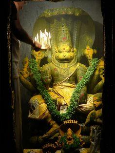 Lord Narasimha the lion avatar is fourth of Lord Vishnu's ten incarnations (Dasavatara). Kali Goddess, Indian Goddess, Virgo, Avatar, God Pictures, Amazing Pictures, Lord Vishnu Wallpapers, Lord Shiva Painting, Lord Murugan
