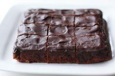 Brownies con nocciole e noci di macadamia