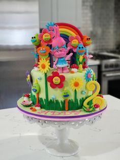 Poppy troll birthday cake