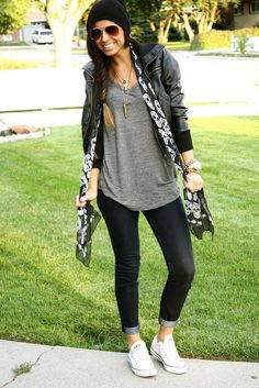 Arty Outfit : black beanie + grey tee + leather jacket + printed scarf + black cuffed jeans + white Cons