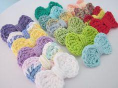 Paso a paso con imágenes de cómo hacer lazos en ganchillo (crochet) - Muy fácil - en inglés.
