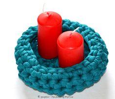 Körbe - Utensilo / Korb gehäkelt - ein Designerstück von Handmade-by-MarTina bei DaWanda