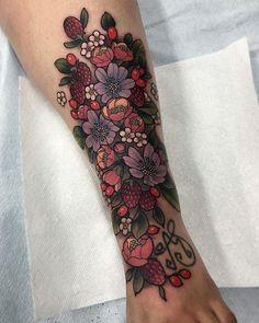 New post on tattinitup Bild Tattoos, Leg Tattoos, Body Art Tattoos, Sleeve Tattoos, Cool Tattoos, Stomach Tattoos, Celtic Tattoos, Tatoos, Piercing Tattoo