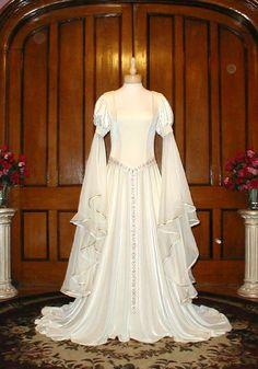 5f605fe5b Guenivere Renaissance Wedding Dress Gown - maybe  Vestidos De Novia  Medievales