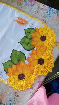 46 Ideas For Crochet Blusas Ganchillo Crochet Edging Patterns, Crochet Lace Edging, Crochet Cardigan Pattern, Crochet Doilies, Crochet Flowers, Crochet Stitches, Flower Chart, Crochet Doll Clothes, Beautiful Crochet