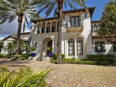 Step Inside #ScottiePippen's Florida Mansion>> http://www.frontdoor.com/photos/tour-scottie-pippens-florida-mansion?soc=pinterest