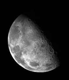Wow - Earth's moon, NASA image from the Galileo spacecraft on its way to explore the Jupiter system. Moon Images, Moon Photos, Moon Pics, Moon Pictures, Hd Images, Cosmos, Ciel Nocturne, Saturns Moons, Night Skies