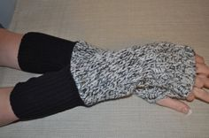 sale RYLO black and white verigated thick cotton knit by RYLOwear, $15.30