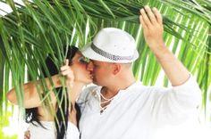 7 Keys to planning a cheap destination wedding that looks like a million bucks.
